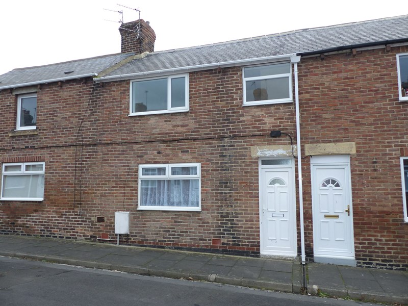 2 Bedrooms Property for sale in Pine Street, Grange Villa, Chester Le Street, Durham, DH2 3LY