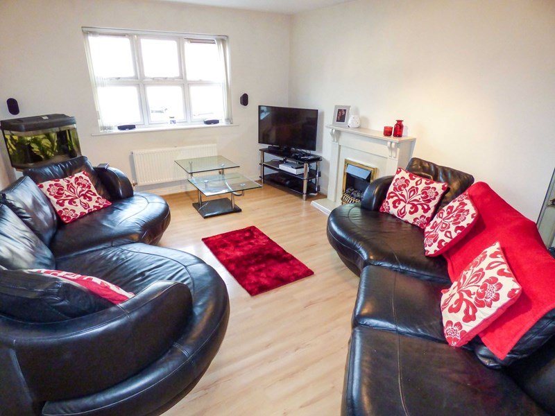 2 Bedrooms Apartment Flat for sale in Victoria Court, Sunderland, Tyne and Wear, SR2 7JY