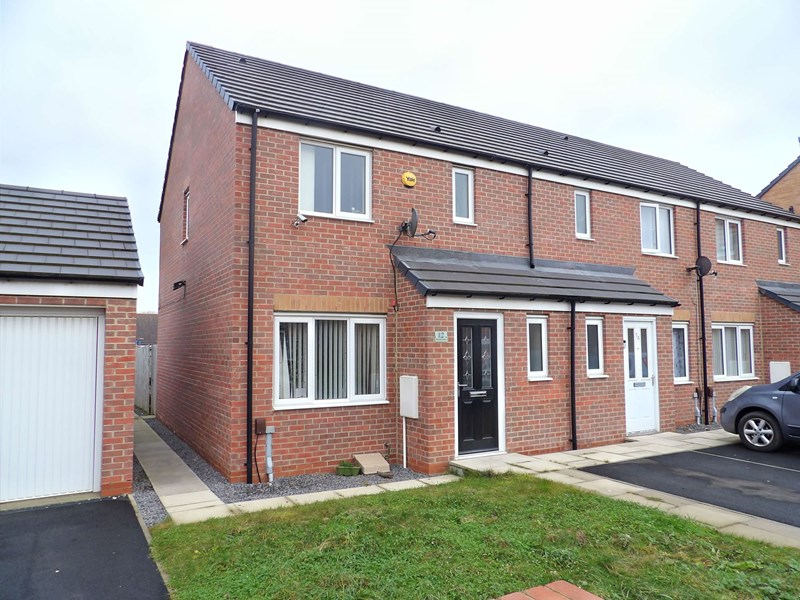 3 Bedrooms Property for sale in Woolf Drive, Biddick Green, South Shields, Tyne and Wear, NE34 9JU