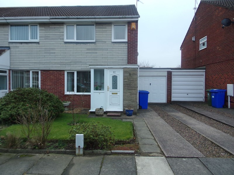 3 Bedrooms Property for sale in Bromley Gardens, South Beach, Blyth, Northumberland, NE24 3TU