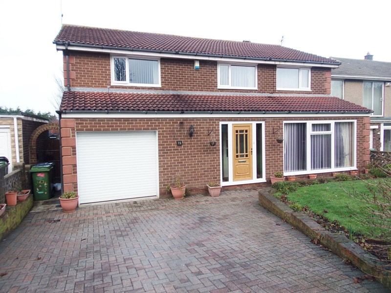 4 Bedrooms Property for sale in The Demesne, Ashington, Northumberland, NE63 9TW