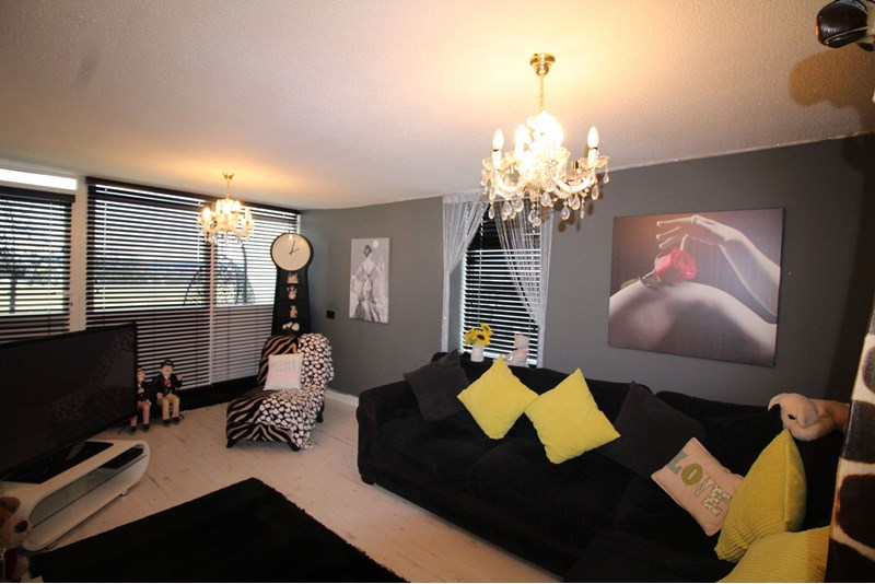 2 Bedrooms Apartment Flat for sale in Kenilworth Court, Sulgrave, Washington, Tyne and Wear, NE37 3EG