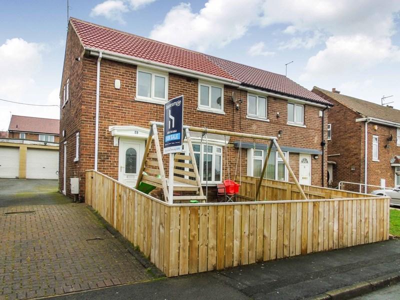 2 Bedrooms Property for sale in Rydal Crescent, Peterlee, Durham, SR8 5LP