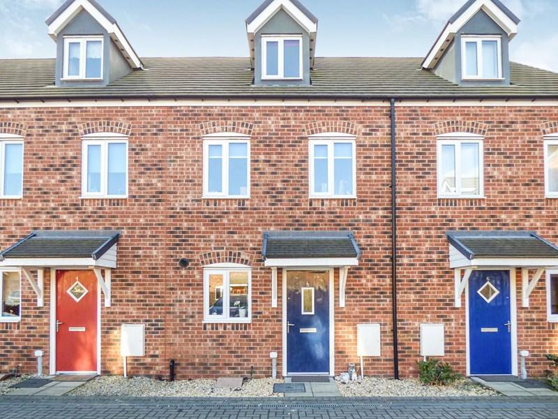 3 Bedrooms Property for sale in Cressida Gardens, Hebburn, Hebburn, Tyne and Wear, NE31 1FJ