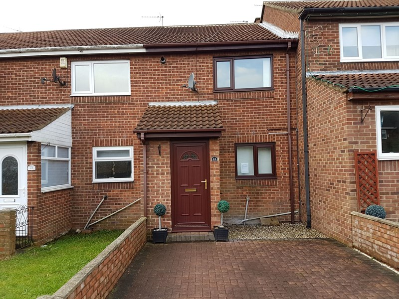 2 Bedrooms Property for sale in Hamilton Court, Shotton Colliery, Durham, Durham, DH6 2NL