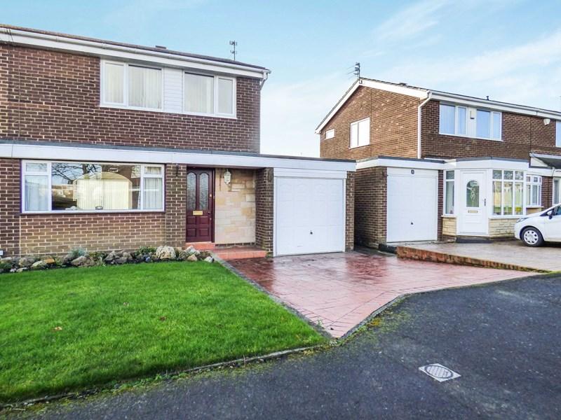 3 Bedrooms Property for sale in Linden Way, Ellington, Morpeth, Northumberland, NE61 5EY