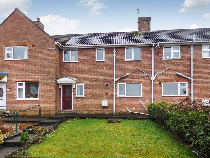 3 Bedrooms Property for sale in Priestlands Close, Hexham, Northumberland, NE46 2AW