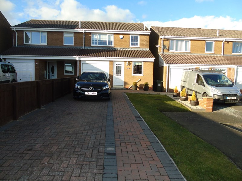 3 Bedrooms Property for sale in Coverdale, Wallsend, Tyne and Wear, NE28 8TJ