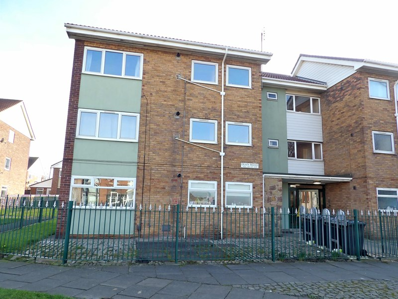 2 Bedrooms Apartment Flat for sale in Dean Road, Deans, South Shields, Tyne and Wear, NE33 5JZ