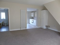Image of Lounge Additional Image