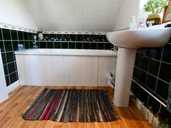 Image of En-Suite to Bedroom 3
