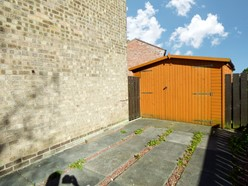 Image of Wooden Garage & Drive