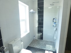 Image of Bathroom/WC - additional image - walk in shower