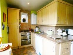 Image of L-Shaped Kitchen/Breakfast Room - Maximum measurements