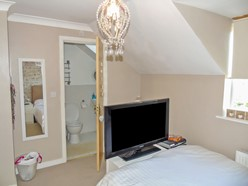 Image of En-suite 2