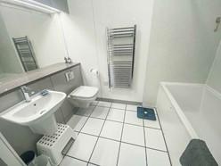 Image of Middle floor bathroom
