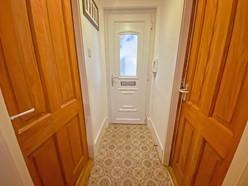 Image of Entrance/Wall way